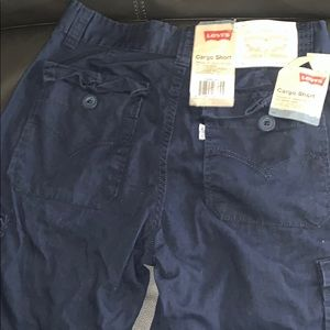 Six pocket cargo shorts